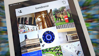 Foto: IPad mit Instagram Account Bundesrat